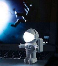 Настольная USB лампа для ноутбука Космонавт